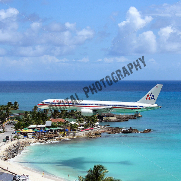 American Airlines Landing - JW Digital Photography