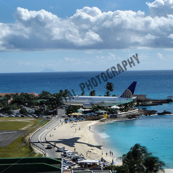 Continental Airline Landing - JW Digital Photography